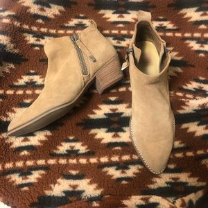 Dolce Vita Gertie Ankle Booties